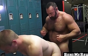Hairy daddy receives blowjob and bare fucks a bottom homo