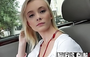 Southern Teen (Maddy Rose) Fucks in the Car for a free ride - MOFOS