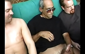 Chunky black milf with massive garage get banged  by dudes